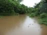 Der Fluss am Eingang von Nueva Esperanza